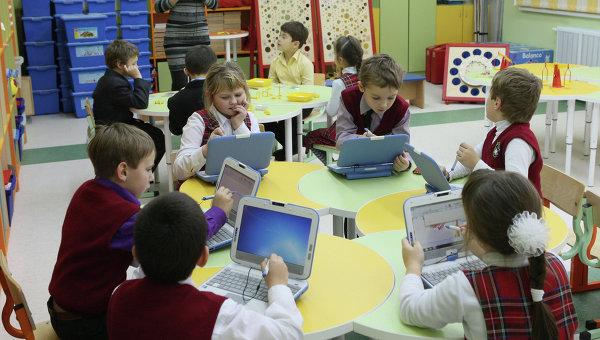 Компьютеры в школе. Архивное фото