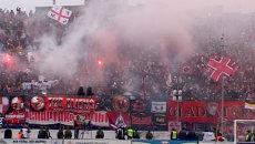 Беспорядки на трибунах во время футбольного матча Волга - Спартак