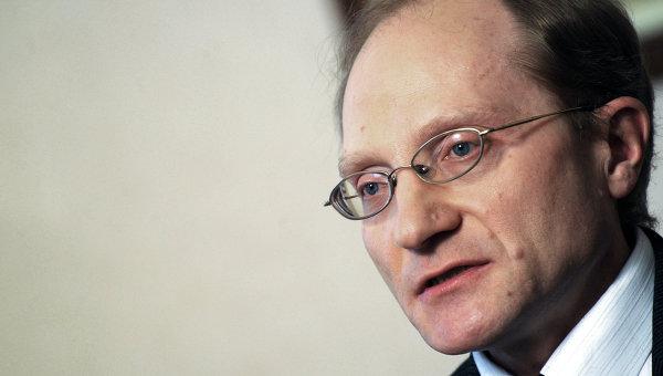 Политолог Михаил Дмитриев