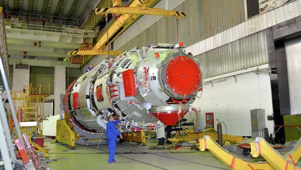 Модуль МЛМ в цехе Центра имени Хруничева