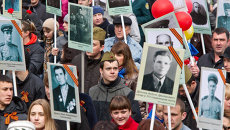 Акция Бессмертный полк в Томске 9 мая 2012 года