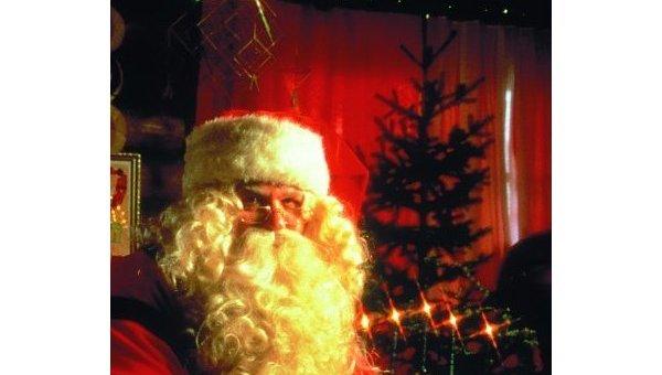 Санта-Клаус вылетел с Северного полюса с грузом подарков