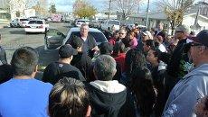 У школы в городе Тафт (Калифорния), где произошла стрельба