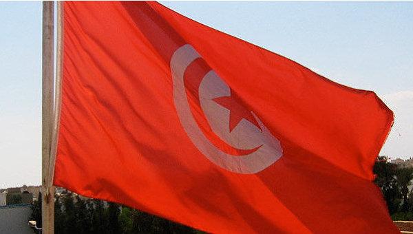 Флаг Туниса. Архивное фото