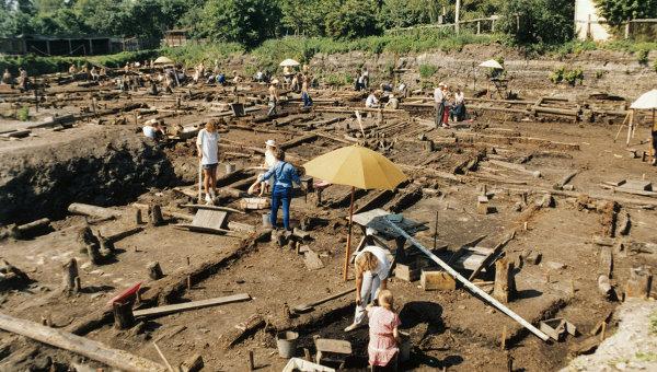 Сотрудники археологической экспедиции