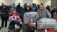 Самолеты МЧС доставили в Москву россиян, решивших покинуть Сирию