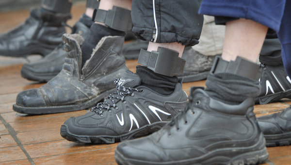 Эксперимент по внедрению специальных электронных браслетов для контроля за заключенными в Воронежской области