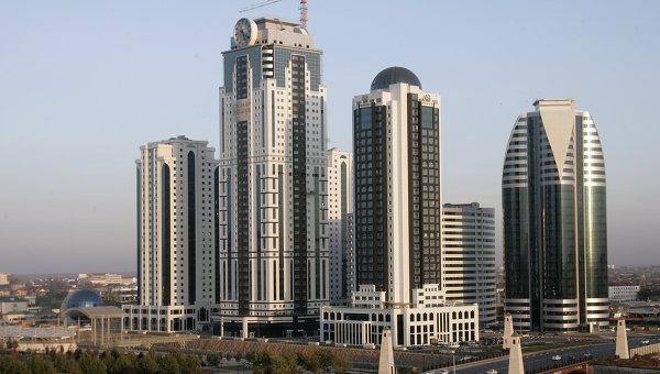 Вид на комплекс высотных зданий Грозный Сити в Грозном, архивное фото