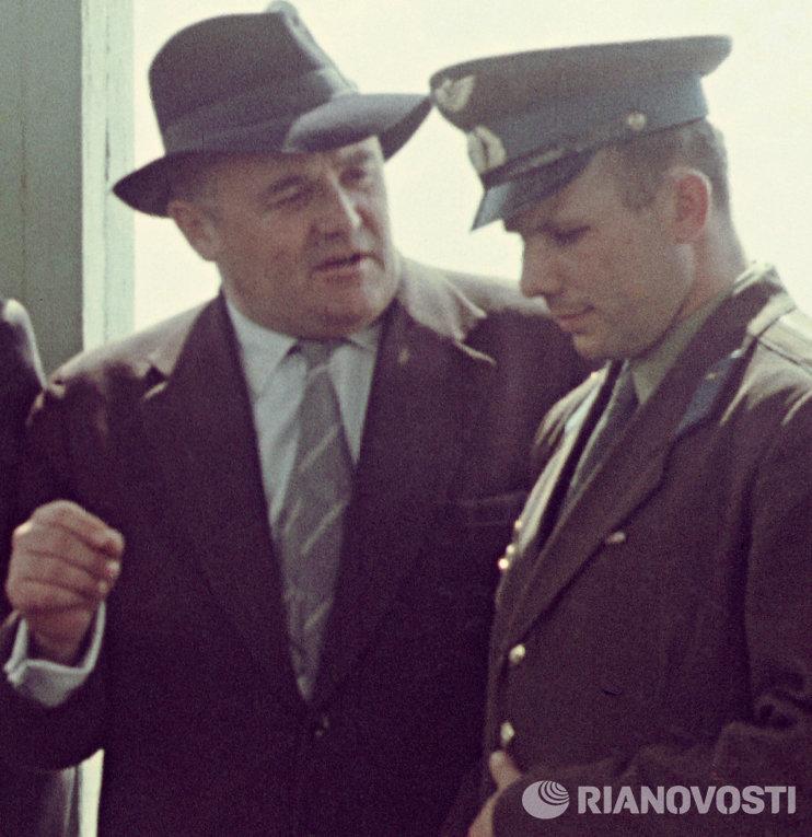 Королев и Гагарин накануне космического старта