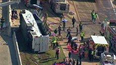 Автобус перевернулся в Техасе