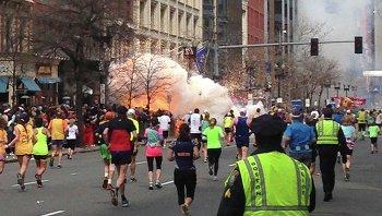 Взрыв на линии финиша Бостонского марафона, 15 апреля 2013 года