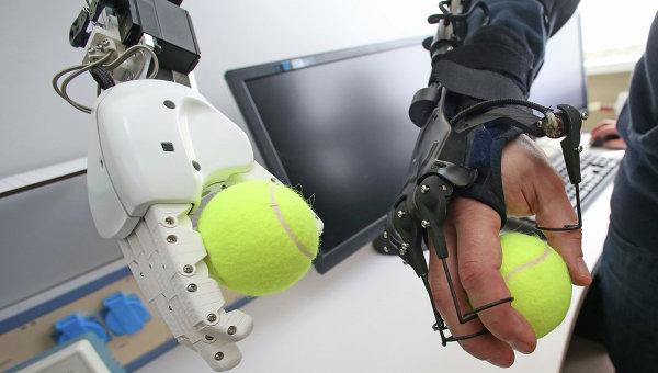Разработка человекоподобных роботов