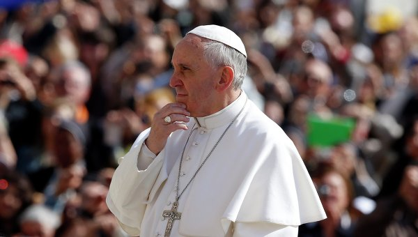 Папа Римский Франциск на всеобщей аудиенции на площади святого Петра в Ватикане, архивное фото