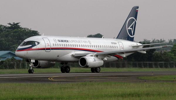Разбившийся в Индонезии самолёт SSJ-100 готов к последнему взлёту. Архивное фото