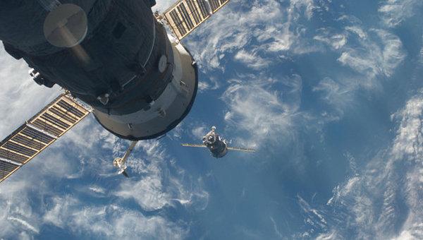 Космический корабль Союз ТМА-17 . Архив