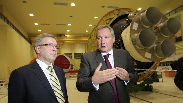 Д.Рогозин проинспектировал отправку на Плесецк ракеты Ангара