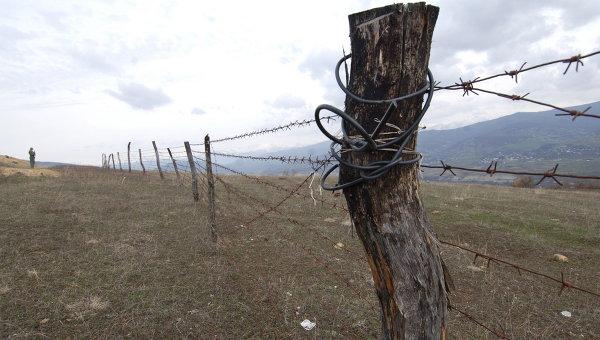 Разграничительная линия зоны действия миротворческих сил между Южной Осетией и Грузией. Архивное фото
