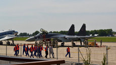 Самолет СУ-35С на авиасалоне в Ле Бурже