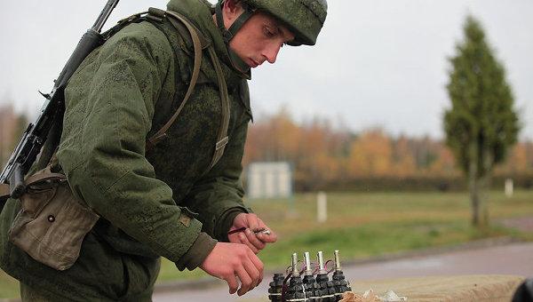 Военные учения на полигоне Каменка