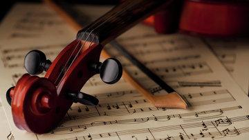 Скрипка, архивное фото