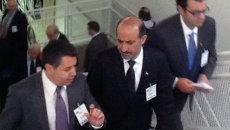 Глава объединенной оппозиции Сирии Ахмад Джабра (в центре). Архивное фото
