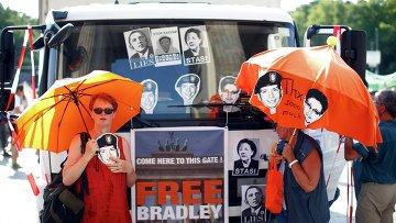 Жители Германии протестуют против шпионажа со стороны США