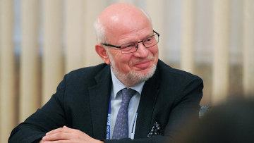 Председатель Совета при президенте РФ по развитию гражданского общества и правам человека Михаил Федотов. Архивное фото