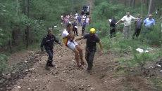 Застрявшие на канатной дороге в Крыму туристы спустились по тросам