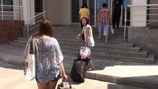 Двери в общежитиях ДВФУ больше не вываливаются: репортаж с  о. Русский