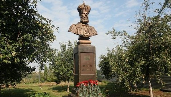 Памятник Александру III открылся в Нижнем Новгороде