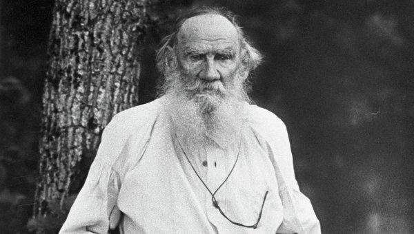 Писатель Лев Николаевич Толстой. Затишье, 1910 год