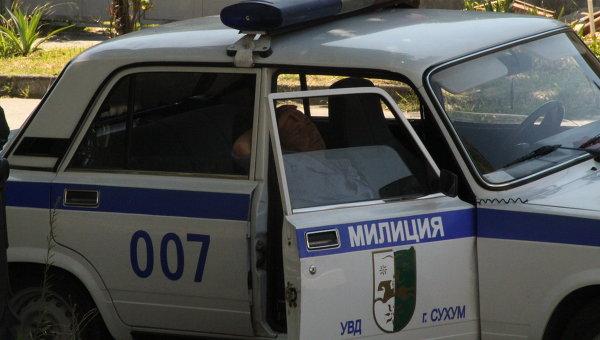 Сотрудники милиции получили побои на акции протеста в Абхазии