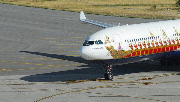 Самолет авиакомпании  Thai Airways