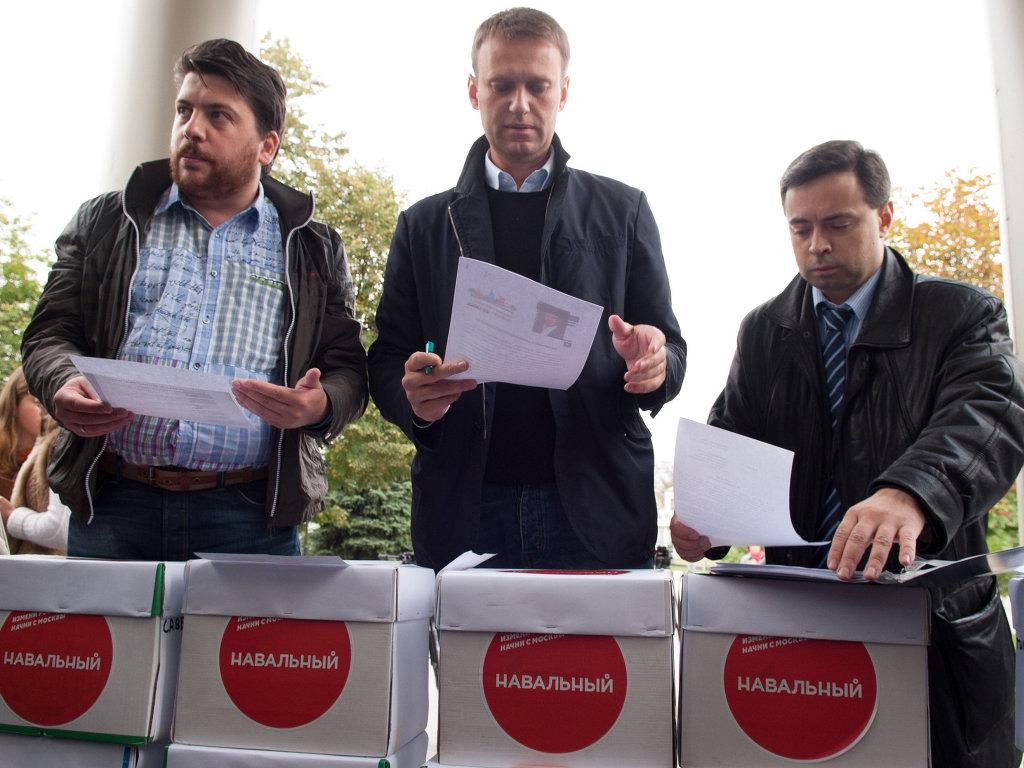 А.Навальный подал иски об отмене итогов выборов мэра Москвы