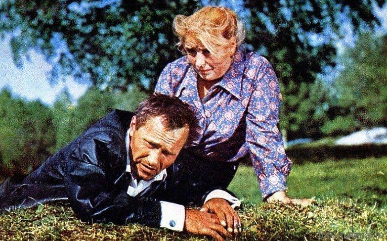 Кадр из фильма Калина красная