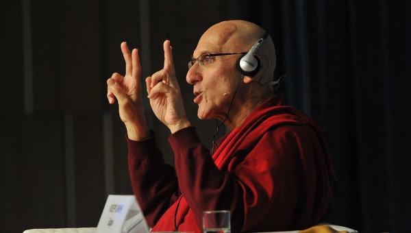 Буддийский монах и ученый Барри Керзин