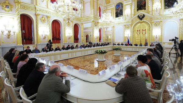 Заседание Совета при президенте РФ по развитию гражданского общества и правам человека. Архивное фото