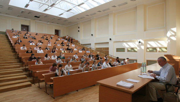 В главном вузе России - МГУ имени М.В.Ломоносова. Архивное фото