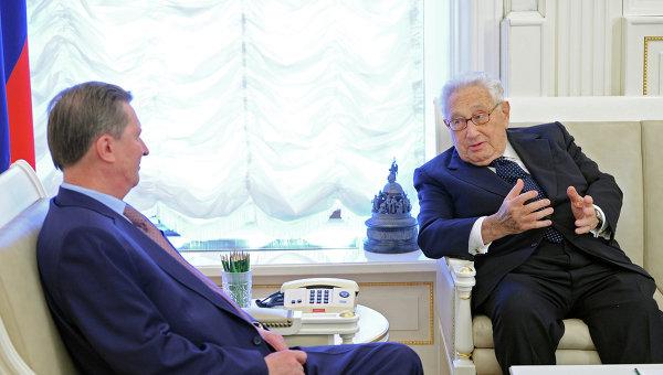Сергей Иванов встретился с Генри Киссинджером. Фото с места события