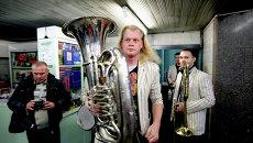 «Сибирский диксиленд» устроил концерт в новосибирском метро