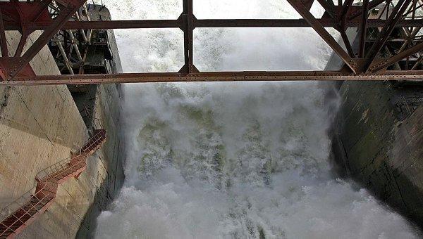 Работа ГЭС. Архивное фото