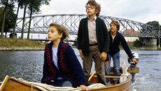 Кадр из фильма Путешествие по реке с курицей