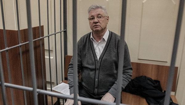 Подозреваемый в получении взятки мэр Астрахани Михаил Столяров, архивное фото