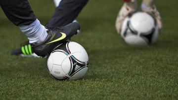 Футбольный мяч. Архивное фото.
