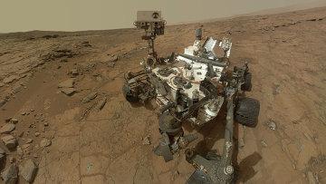 Марсоход Curiosity представляет собой серьезно оснащенный научно-исследовательский автоматический комплекс. На его борту установлены десять научных инструментов общей массой 75 кг.