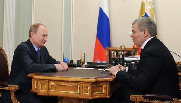 Владимир Путин и бывший глава республики Арсен Коноков. Фото с места события