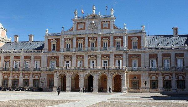 Главный фасад королевского дворца в Аранхуэсе, Мадрид. Архивное фото