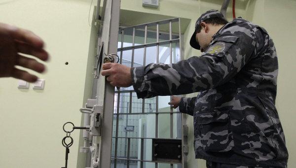 РПЦ желает сражаться сэкстремизмом вместах лишения свободы