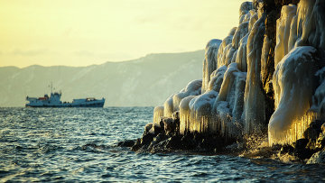 Озеро Байкал зимой. Архивное фото