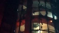 Неизвестные из гранатомета обстреляли ресторан в Махачкале. Кадры очевидца